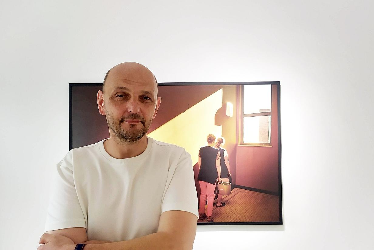 Krzysztof Gołuch Hotel fot. Jerzy Doroszkiewicz